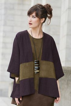 Short Kimono Jacket in Thyme/Aubergine Roma, over a sheath dress. Make this in knit for a stretchy comfy outfit that looks like a million bucks. Short Kimono, Boho Fashion, Womens Fashion, Style Fashion, Advanced Style, Kimono Jacket, Mode Inspiration, Sewing Clothes, Refashion