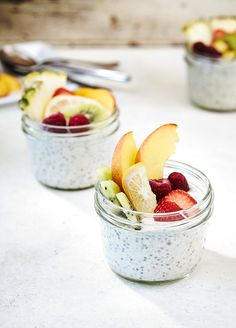 Overnight oats with summer fruit. Easy oatmeal recipe for busy mornings via Chowhound.com