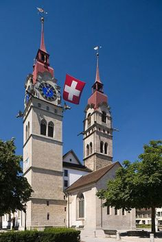 The parish church of Winterthur, built in the Gothic style, dates to the mid-13th century.
