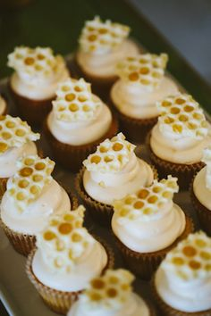 A honey and honeycomb themed event design with honey and honeycomb decor details for Honeybook. Think Food, Baby Birthday, Kids Birthday Themes, Birthday Cake, Birthday Parties, Let Them Eat Cake, Cupcake Cakes, Cup Cakes, Rose Cupcake