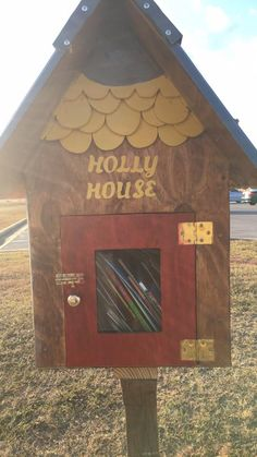 This beautiful Holly House built by Joe Pearon. Holly always said that we had to have a red door at our house and then we would have a happy home! So...red door!