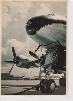 pc KLM K.L.M Royal Dutch Lockheed Constellation @ Schiphol airport ~ pc KLM K.L.M Royal Dutch Lockheed Constellation @ Schiphol airport n 28. Card is published by Rooduijn by the presentation of a book 100 years aviation. Card is post-ally unused . Size of the card is 11 by 15,5 cm.