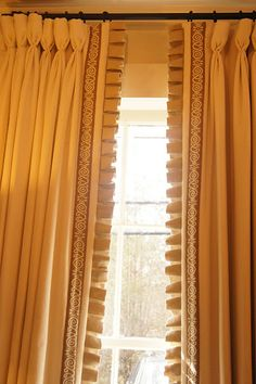 love the trim and box pleated edging