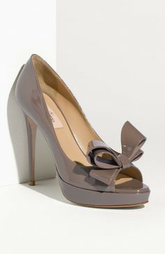 Valentino Gray Bow Trim Platform Pump