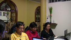 1º Clase del Diplomado de Auditoría Médica Basada en la Evidencia - Chiclayo Los alumnos realizando su trabajo de taller para su debida presentación y exposición grupal.