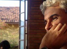 A Bahia em dias nublados http://www.passosmgonline.com/index.php/2014-01-22-23-08-21/opiniao/10012-a-bahia-em-dias-nublados