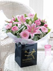 My mam would LOVE this Mother's Day Hand-tied! #MyInterfloraMum