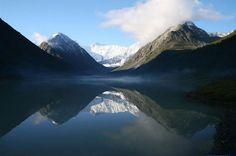 Altaigebirge im Kasachstan Reiseführer http://www.abenteurer.net/3684-kasachstan-reisefuehrer/