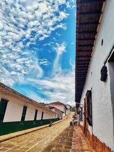 Bella, Barichara, Beautiful Landscapes, Footprint, Funny Animal Humor, Beautiful Places, Sky