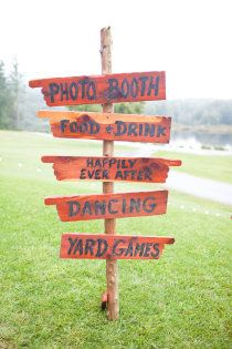 Adorable outside signs. Photobooth is such a great idea! So is having a happily ever after. :P