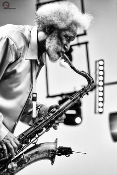 """""""Sonny Rollins"""" by Andrea Palmucci - Jazz Photo Jazz Artists, Jazz Musicians, Music Artists, Francis Wolff, Sonny Rollins, All About Jazz, Jazz Radio, Musician Photography, Saxophone Players"""