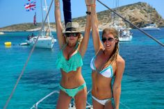 The Truth About Yacht Week: 6 things to know before you go. I loved Yacht Week Greece but these were things I wish I would have know prior to booking. Boat Cleaning, Barbados Beaches, Restaurant Drinks, Boating Holidays, Yacht Week, Swimwear Model, Living In Europe, Free Travel, Budget Travel