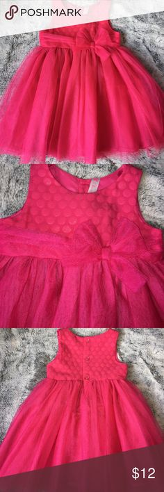 Hot pink tulle dress Hot pink tool dress with built-in petticoat. Hits just below the knee. Very full. EUC. Worn 1x. Looks new. Cherokee Dresses Formal