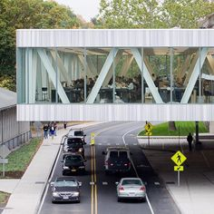 Back to school at Cornell University's Milstein Hall, designed by @omanewyork. #fall #cornelluniversity #cornellaap #milsteinhall #omanewyork #shoheishigematsu #architecture