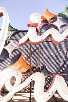I'd always wanted to visit the Neon Boneyard.While Neon has been slowly replaced on the Las Vegas strip, classic signage like those that appeared at theFlamingo, the Sands, the Stardust and everywhere else are still emblems of the city for me. YESCO, the Young Electric Sign Company—the manufacturer who created many of Vegas's most iconic … Voyage Usa, Cheap Flight Deals, Sign Company, Las Vegas Strip, Googie, Vintage Signs, Washington Dc, Flamingo, Signage