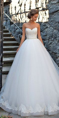 Mila Nova Sweetheart Wedding Dresses / http://www.himisspuff.com/sweetheart-wedding-dresses/3/