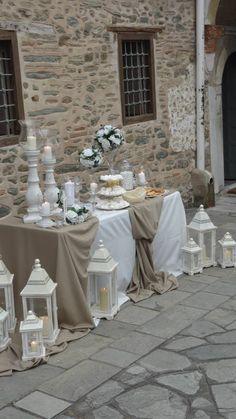 90 Rustic Baby's Breath Wedding Ideas You'll Love Deco Buffet, Deco Table, Chic Wedding, Wedding Table, Rustic Wedding, Cake Table Backdrop, Shabby Chic Cakes, Decoration Evenementielle, Wedding Decorations