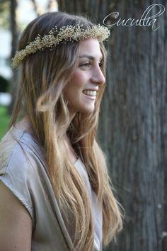 Handmade Flowered crown, Cardea. Corona de flores hecha a mano, Cardea,corona de flores para el pelo, corona de flores,