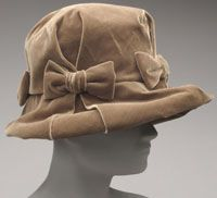 Philadelphia Museum of Art,  Womans Hat; Adolfo circa 1960s