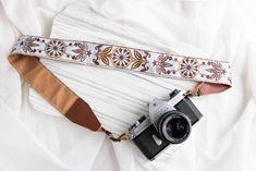 Woven Camera Strap - Boho Adjustable Camera Strap For Canon, Nikon, Sony, and More. Embroidered Weave Camera Gift, Native strap for her, https://etsy.me/2KhM0BP #etsysale #etsyfinds #etsy #birthday #canon #nikon