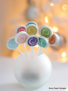 DIY Lollipop Ornaments-good idea for an ornament swap.
