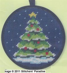needlepoint Christmas tree