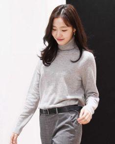 kim go eun Kim Go Eun Hair, Korean Celebrities, Celebs, Kim Go Eun Style, Korean Actresses, Office Fashion, Korean Women, Daily Look, Girl Crushes