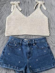 crochet tank top pattern : us women's XS XXL PDF image 9 Crochet Crop Top, Cotton Crochet, Crop Top Designs, Shrug Pattern, Crochet Summer Tops, Single Crochet Stitch, Crochet Fashion, Bikinis, Crochet Patterns