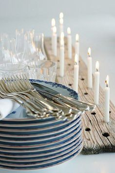 Glowing Candles in a Drilled Wood Slab. Use birthday candles, they don't last too long, you don't have to worry about them. Rustic Candle Holders, Rustic Candles, Diy Candles, Candle Centerpieces, White Candles, Silver Candles, Driftwood Centerpiece, Taper Candles, Diy Wedding Projects