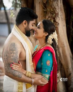 Indian Wedding Couple Photography, Photo Poses For Couples, Wedding Couple Poses Photography, Couple Picture Poses, Bridal Photography, Girl Photography Poses, Couple Posing, Couple Pics, Couple Shoot