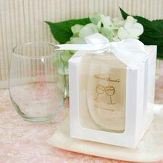 Des verres personnalisés en cadeau pour les invités