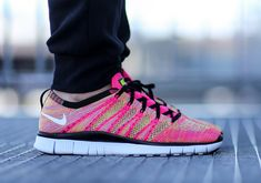 Nike Free 5.0 - Flyknit. Watch out for fakes being sold online. Go to www.goverify.it for a full 30 point step-by-step guide.
