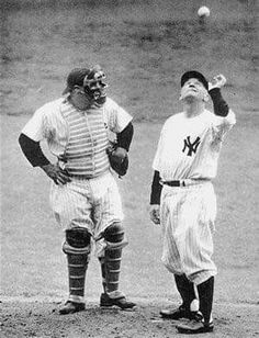 Yogi Berra and the old professor, Casey Stengel. Go Yankees, New York Yankees Baseball, Sports Baseball, Baseball Players, Baseball Cards, Sports Pics, Baseball Equipment, Sports Teams, Baseball Field