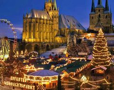 Γυρίσαμε την Ευρώπη και βρήκαμε τις πιο παραμυθένιες χριστουγεννιάτικες αγορές της. Εκεί όπου είναι σχεδόν υποχρεωτικό να γίνουμε για λίγο και πάλι παιδιά.