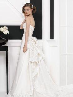 きっと、運命の一着が見つかる♡【可愛い雰囲気】好きなら絶対に着ておきたいインポートドレス10選**にて紹介している画像