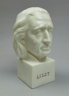 Lipper and Mann Great Composer Series white glass bust figurine Franz Liszt 6 in