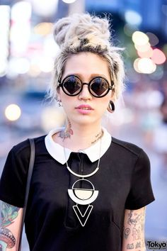 Akane, cool girls with tattoos and piercings.  Harajuku Girl in Sunglasses w/ Neck Tattoo