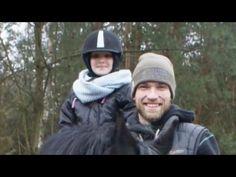 Andrzej Wrona instruktorem! Wzruszający gest polskiego siatkarza (WIDEO) - Polsat Sport Riding Helmets, Sport, Hats, Deporte, Hat, Sports, Hipster Hat