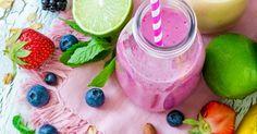 Egal ob cremiger Frühstücks-Drink oder fruchtige Erfrischung zwischendurch - Smoothies gehen einfach immer. Hier kommen 8 geniale Rezepte...