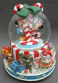 Large Mickey Minnie Mouse Musical Snowglobe Dumbo Pinocchio And More Disney