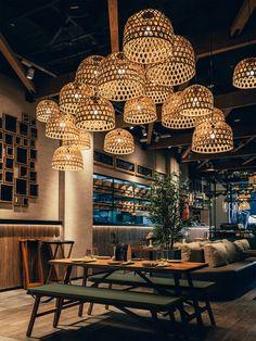 Restaurant Designs: Mama Pho Restaurant, Palm Jumeirah - Love That Design Rustic Restaurant Interior, Japanese Restaurant Interior, Decoration Restaurant, Deco Restaurant, Rooftop Restaurant, Restaurant Lighting, Restaurant Concept, Modern Restaurant, Restaurant Interior Design
