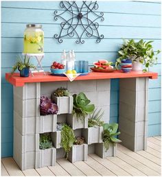 Cinder blocks are great when it comes to outdoor crafts and projects as they are durable and have the least chance of getting damaged with weather. Backyard Projects, Outdoor Projects, Garden Projects, Diy Projects, Lowes Creative, Creative Decor, Creative Ideas, Cinder Block Furniture, Cinder Blocks