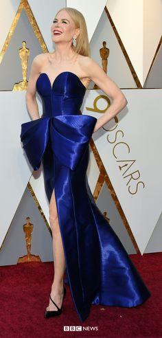 Oscars 2018 - Big Little Lies actress Nicole Kidman wears vivid blue Armani Privé Big Little Lies, Nicole Kidman, Armani Privé, Allison Janney, Strapless Dress Formal, Formal Dresses, Cultural Events, Salma Hayek, Movie Stars