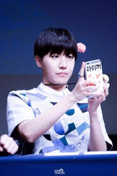 [Picture/Fansitesnap] BTS Fansigning 3rd mini album 화양연화 pt.1 at Yongsan [150529] | btsdiary