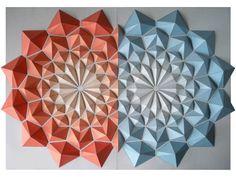 """Voici les créations de l'artiste japonaisKota Hiratsuka qui réalise d'impressionnantes et magnifiques""""Origami Mosaics"""" entièrement à base de papier. Ing"""