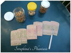Samentütchen aus Packpapier / Little paper bags for seeds made from wrapping paper / Upcycling