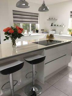 Design My Kitchen, Kitchen Layout, Kitchen Sale, Kitchen Decor, Wren Kitchen, Kitchen Prices, Handleless Kitchen, Kitchen Planner, Steps Design
