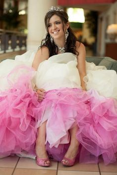 make the petticoat under your dress Purple or Blue. Petticoat For Wedding Dress, Slip Wedding Dress, Colored Wedding Dress, Pretty Wedding Dresses, Wedding Dress Trends, Emerald Bridesmaid Dresses, Dress Sites, Cheap Gowns, Wedding Dress Accessories