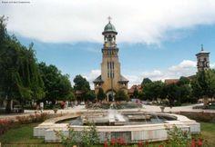 Catedrala Reîntregirii, 2001, vedere din Parcul Unirii