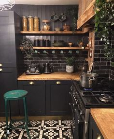 Small Kitchen Design Examples by Specialist - Ruth Industrial Kitchen Design, Boho Kitchen, Interior Design Kitchen, Home Design, New Kitchen, Design Ideas, Design Bathroom, Diy Interior, Kitchen Designs